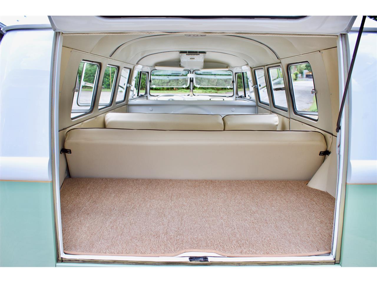 Large Picture of Classic 1962 Volkswagen Bus located in eustis Florida - Q2DH