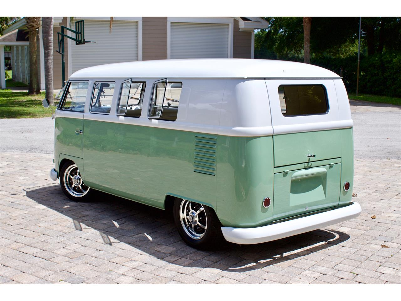 Large Picture of 1962 Volkswagen Bus located in Florida - $59,950.00 - Q2DH