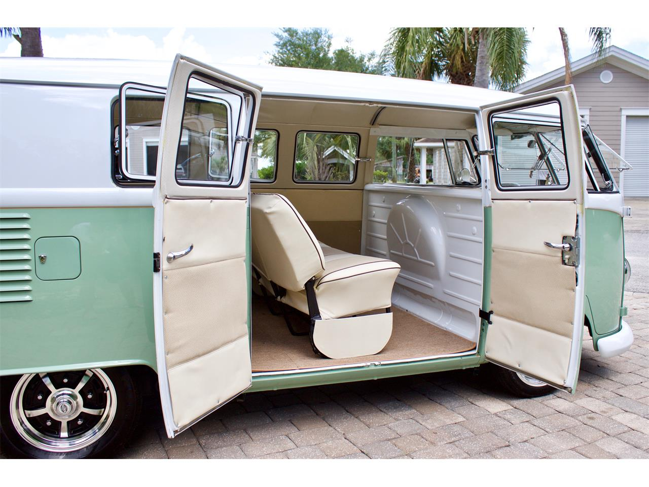 Large Picture of 1962 Volkswagen Bus located in eustis Florida - $59,950.00 Offered by FSD Hot Rod Ranch at Royal Auto & Truck Sales - Q2DH