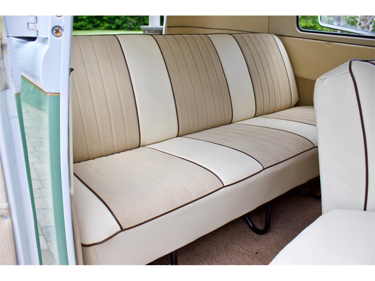 Large Picture of '62 Volkswagen Bus located in Florida - $59,950.00 - Q2DH