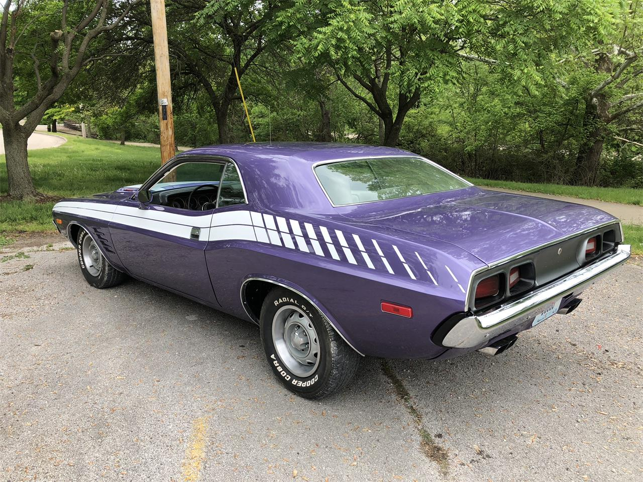 Large Picture of '73 Challenger - Q2DK