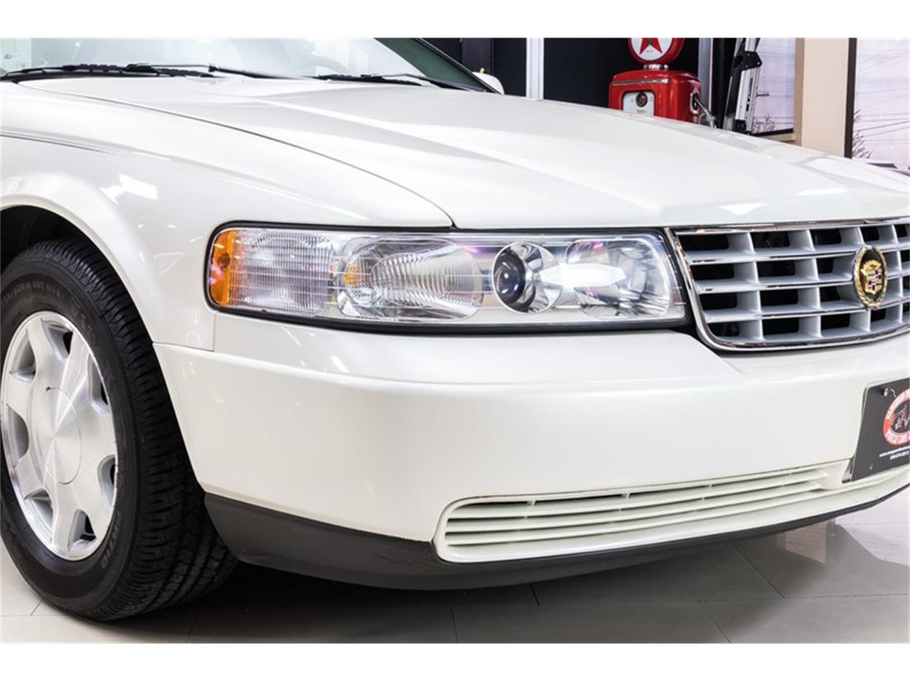 Large Picture of '01 Seville - Q2E8