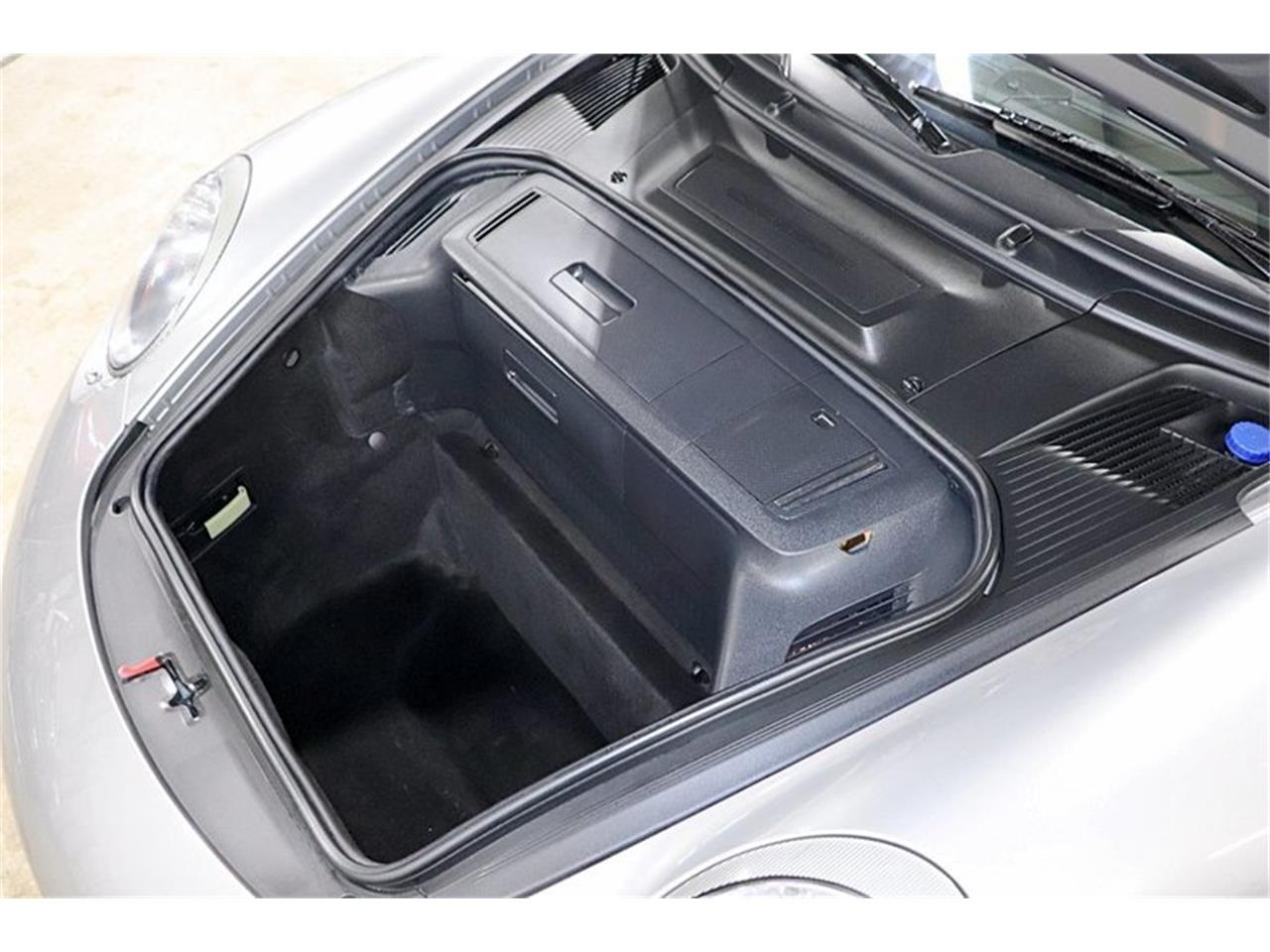 Large Picture of 2009 Porsche 911 - Q2EE