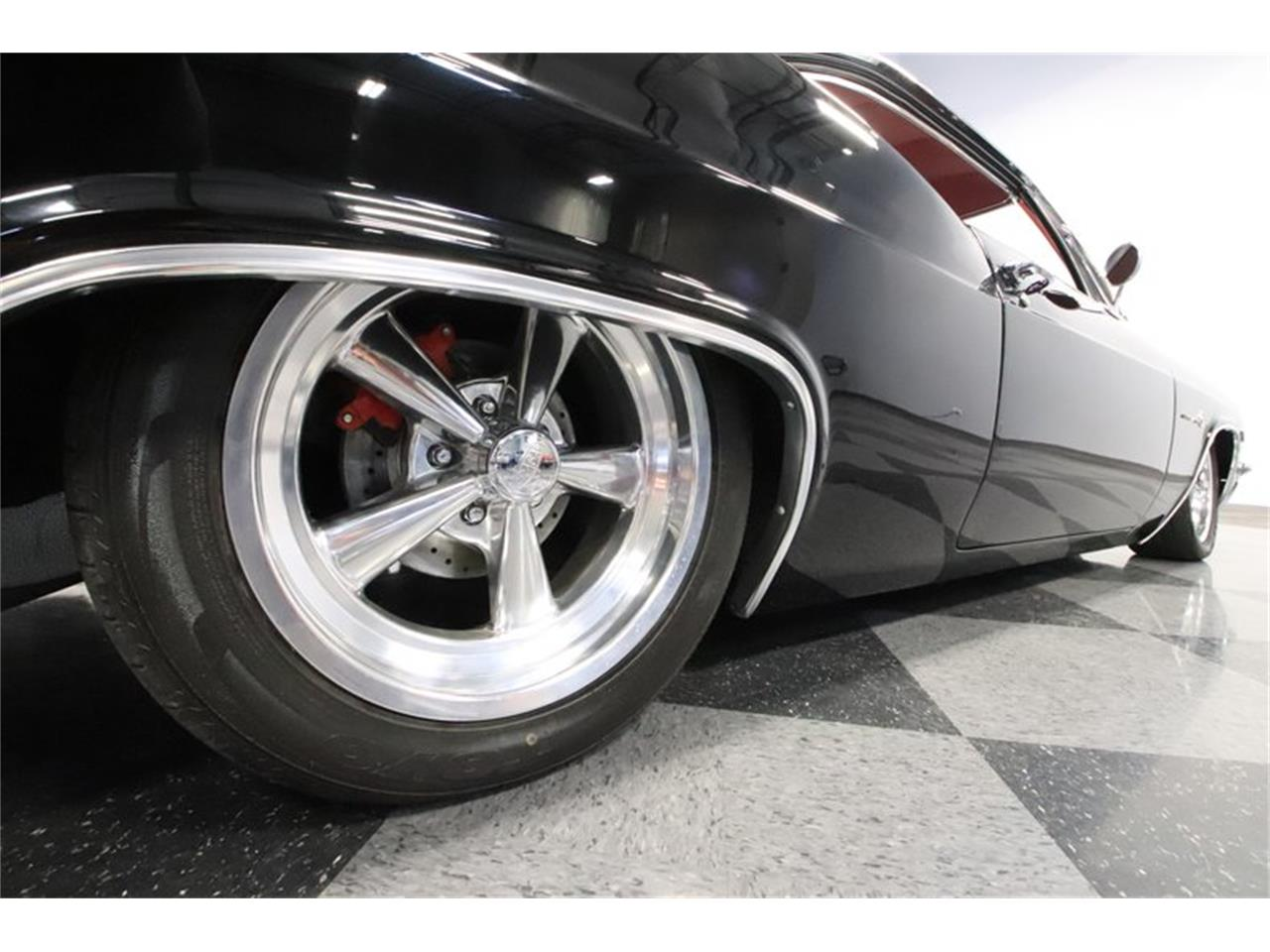 Large Picture of Classic '66 Chevrolet Impala Offered by Streetside Classics - Phoenix - Q2EF
