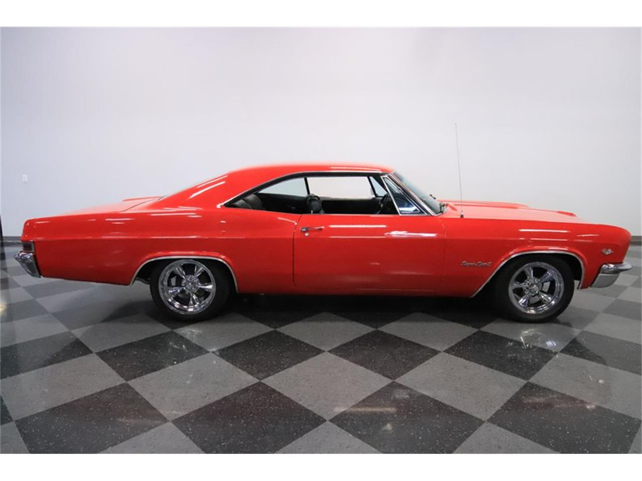 Large Picture of 1966 Chevrolet Impala located in Arizona Offered by Streetside Classics - Phoenix - Q2EL