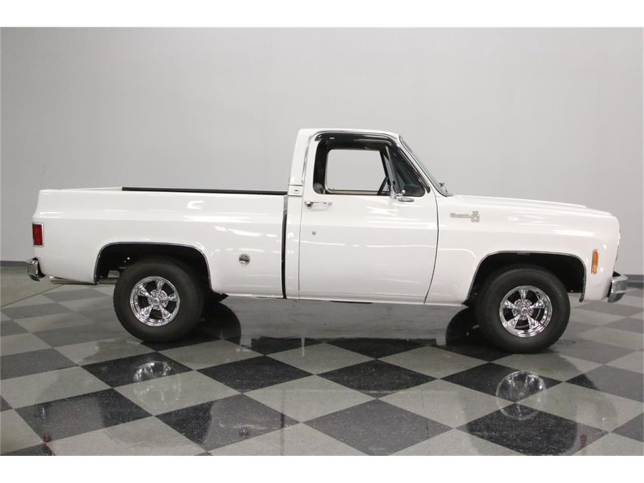 Large Picture of '77 Chevrolet C10 - Q2EP