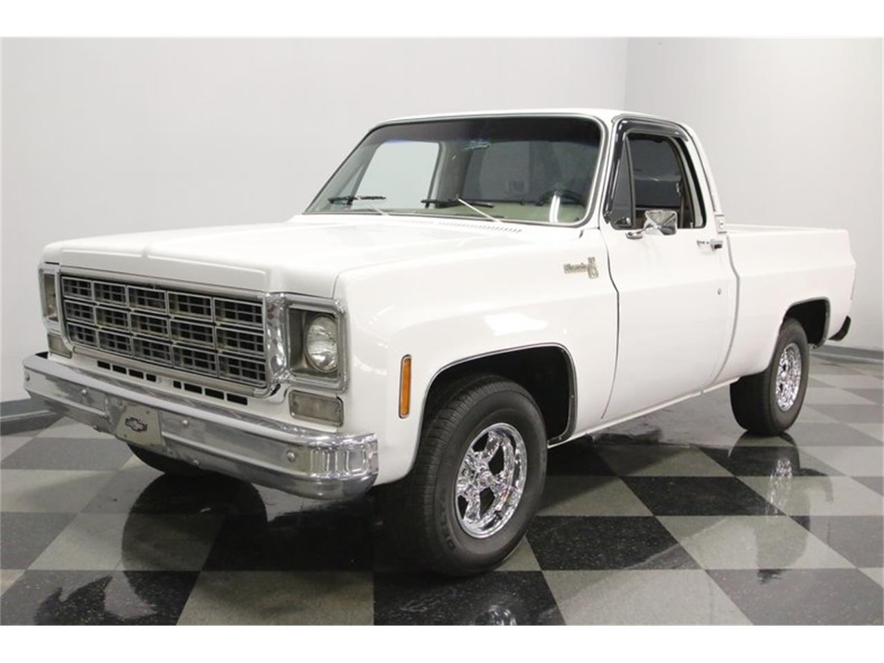 Large Picture of 1977 Chevrolet C10 Offered by Streetside Classics - Nashville - Q2EP