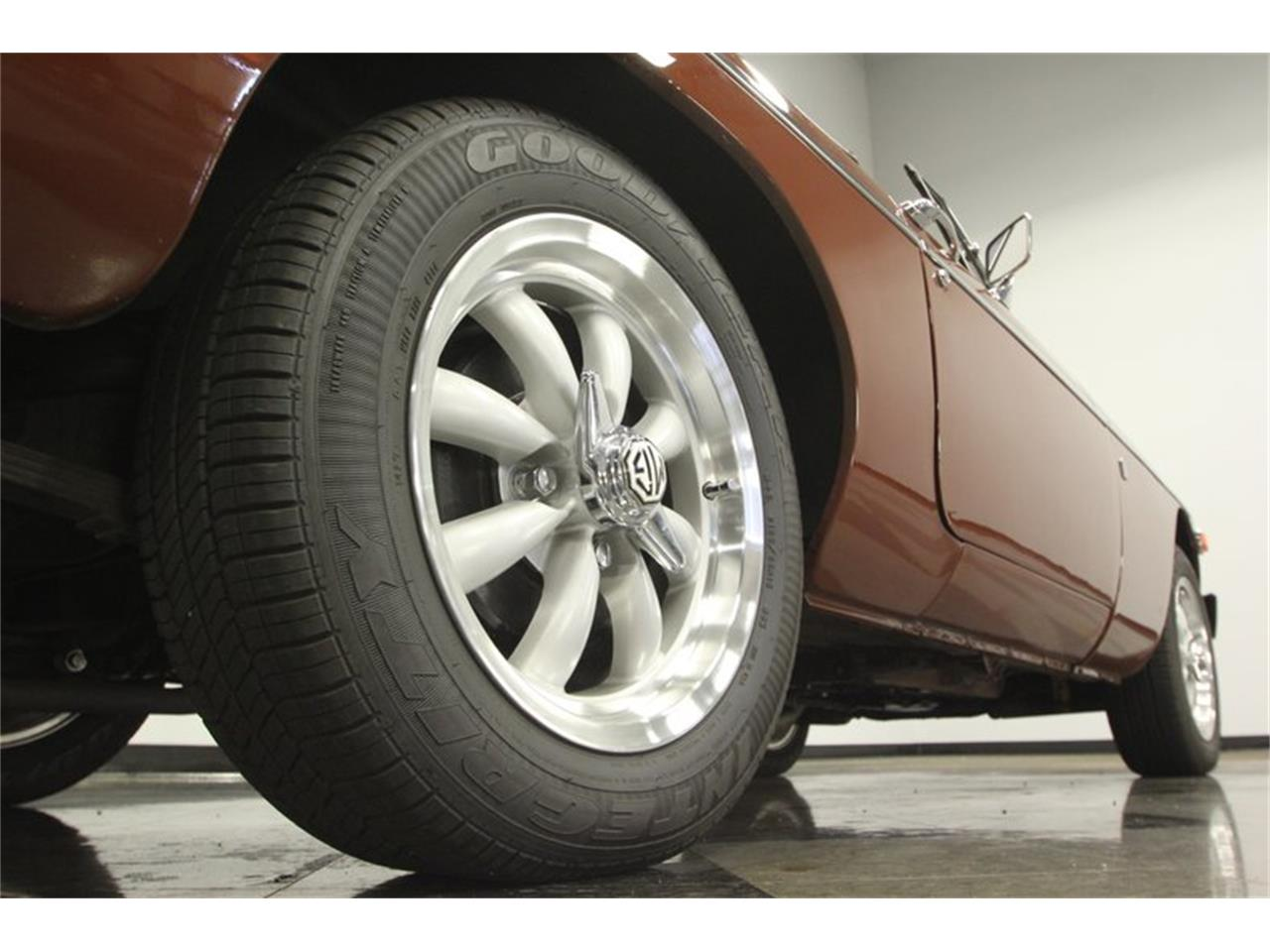Large Picture of '78 MGB - Q2F2