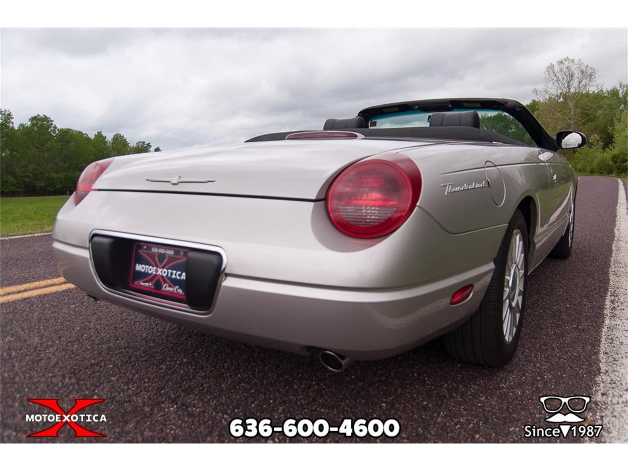 Large Picture of '05 Ford Thunderbird located in St. Louis Missouri - $26,900.00 - Q2FN