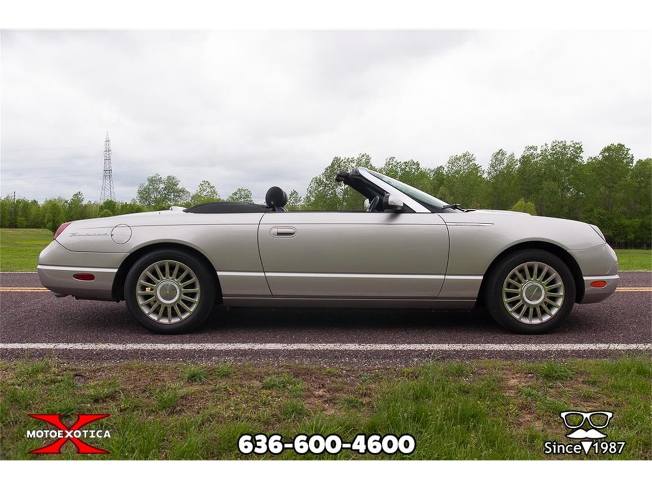 Large Picture of '05 Thunderbird - $26,900.00 - Q2FN