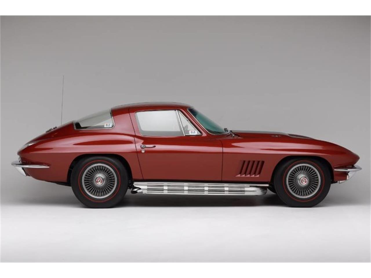 Large Picture of '67 Corvette - Q2GK