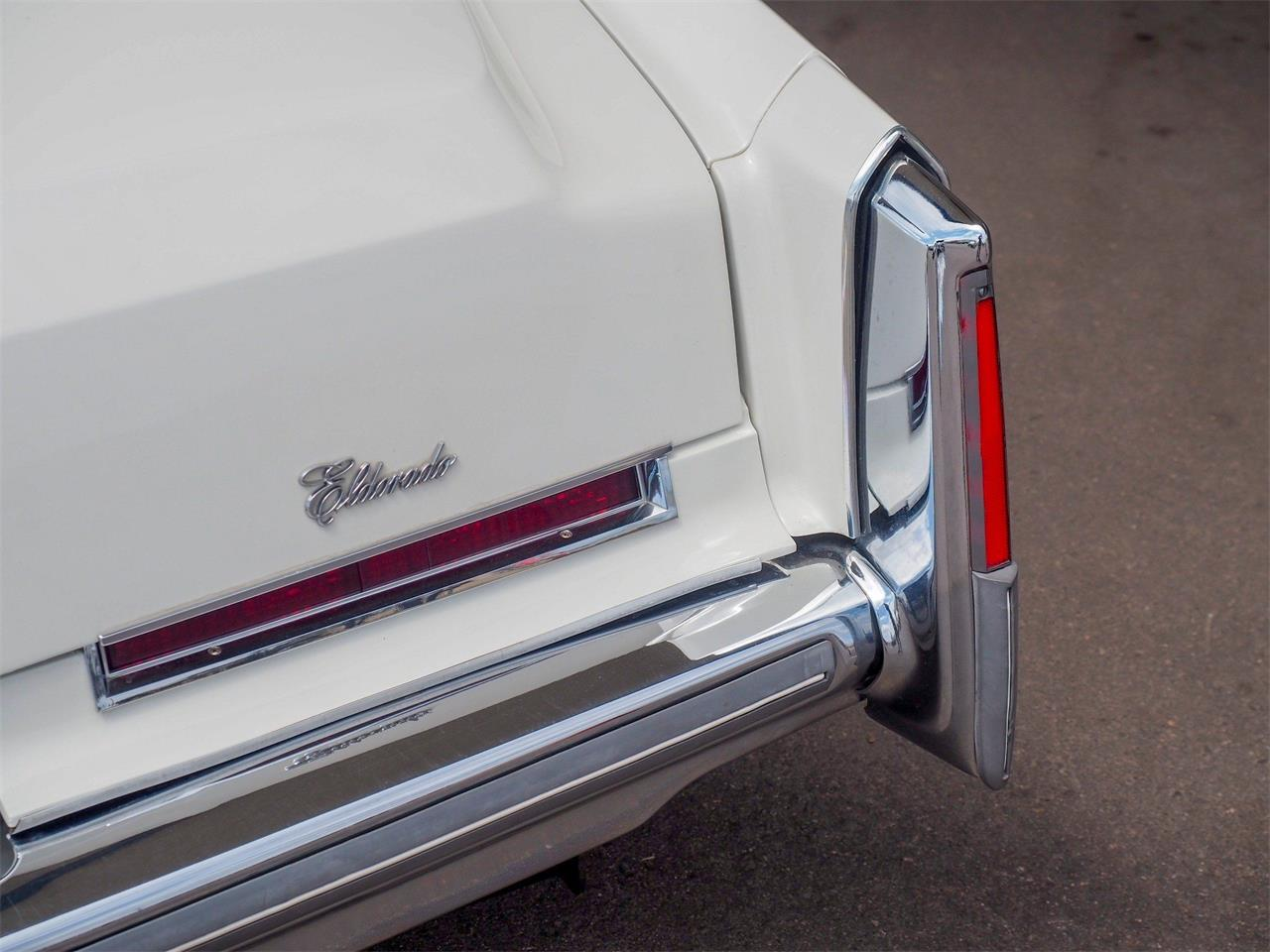 Large Picture of '76 Cadillac Eldorado Offered by Cars Remember When - Q2GO