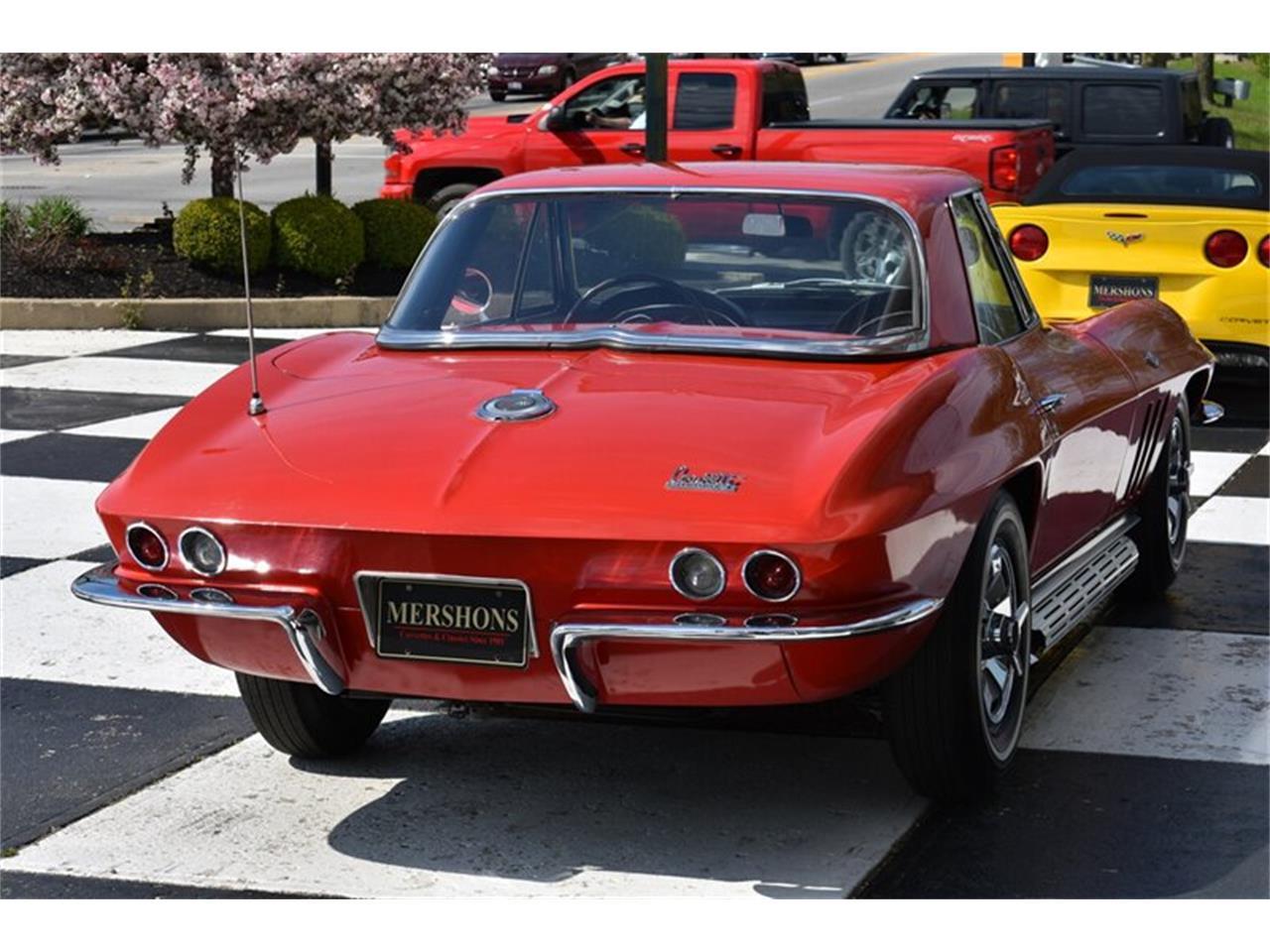 Large Picture of '66 Corvette - Q2I1