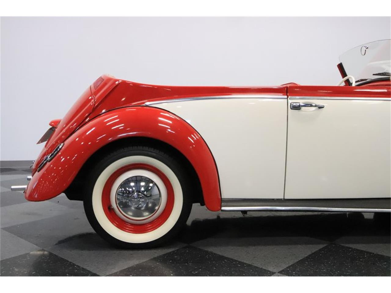 Large Picture of Classic 1965 Beetle - $13,995.00 Offered by Streetside Classics - Phoenix - Q2L7