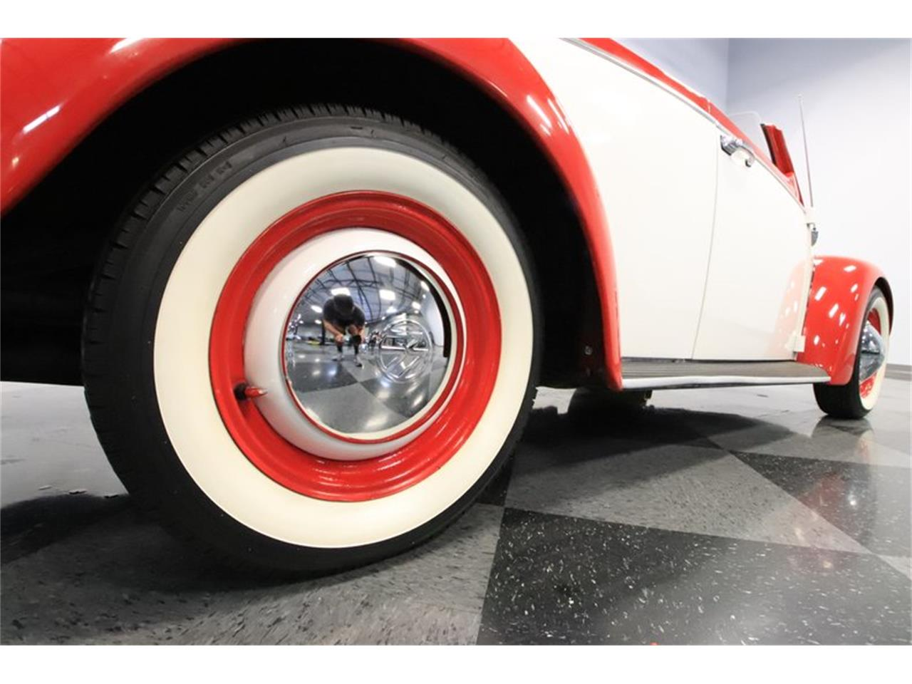 Large Picture of Classic '65 Beetle located in Arizona Offered by Streetside Classics - Phoenix - Q2L7