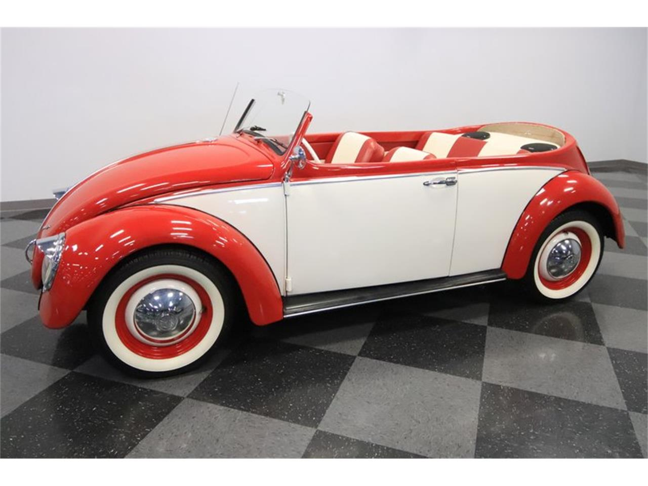 Large Picture of Classic 1965 Beetle - Q2L7