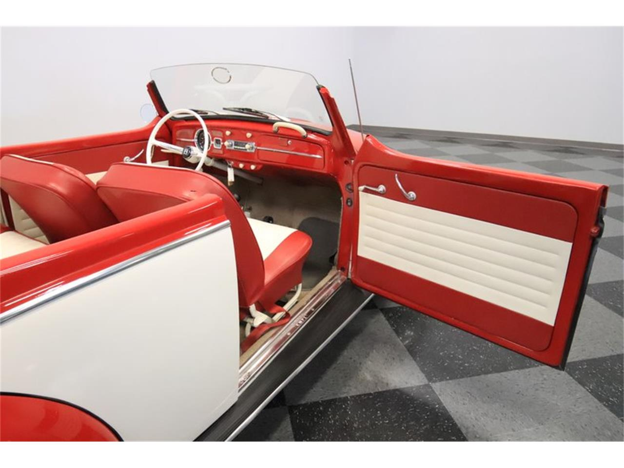 Large Picture of '65 Beetle - $13,995.00 - Q2L7