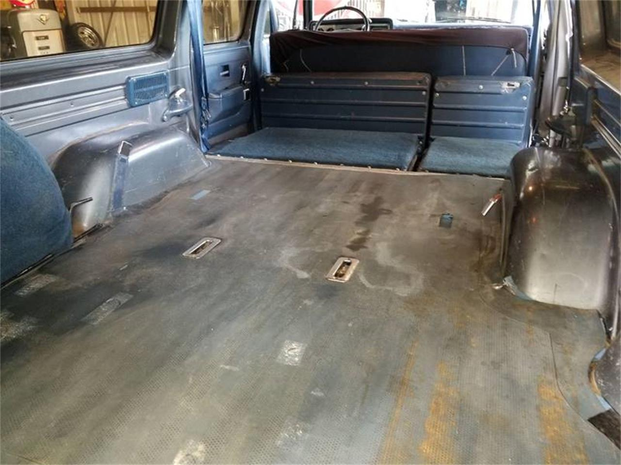 Large Picture of '88 Suburban located in Redmond Oregon - $9,500.00 Offered by Cool Classic Rides LLC - Q2MI
