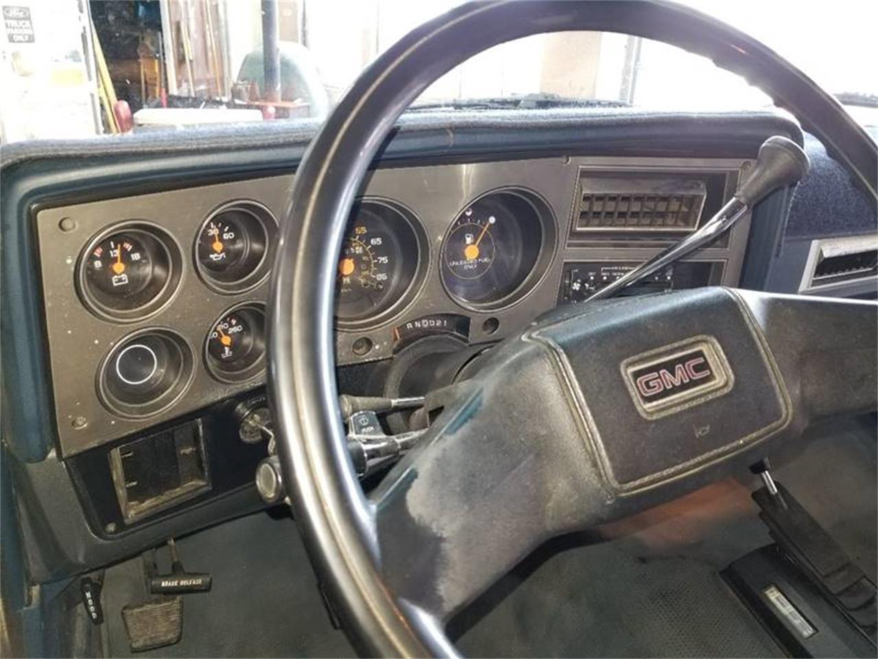 Large Picture of 1988 GMC Suburban located in Redmond Oregon - $9,500.00 Offered by Cool Classic Rides LLC - Q2MI