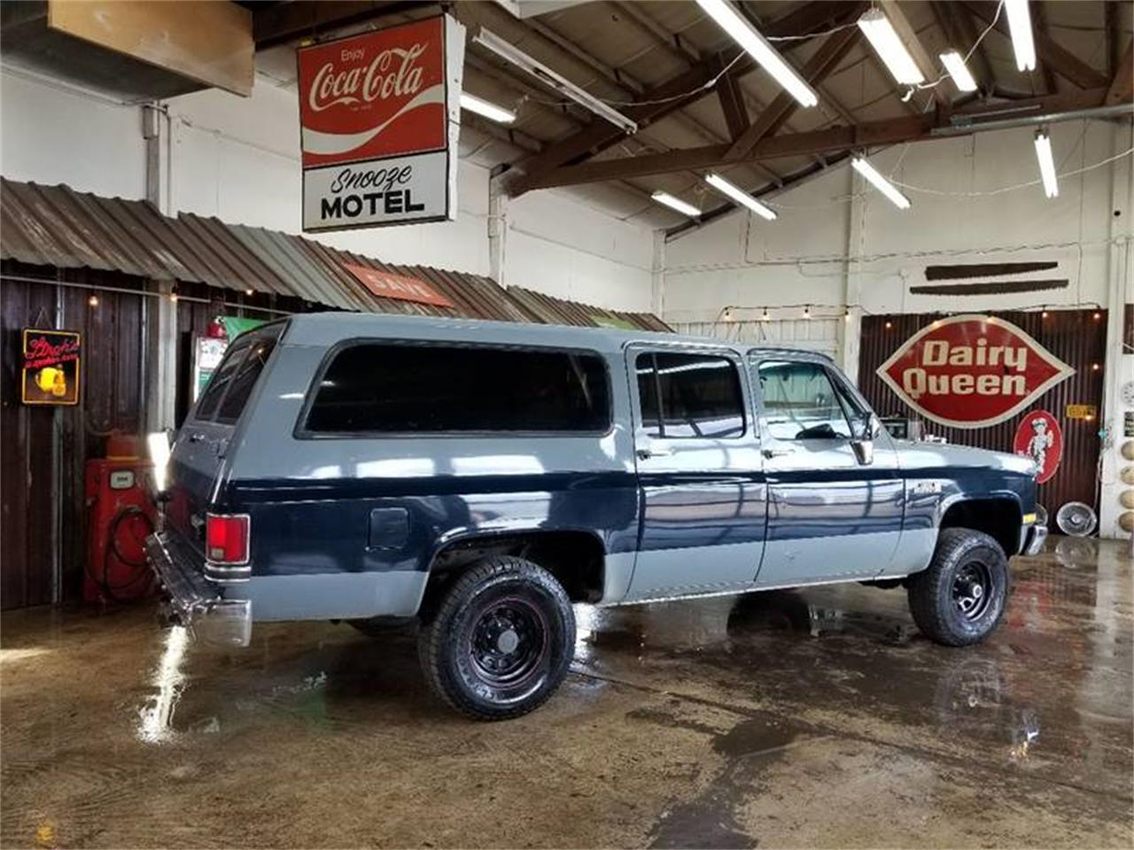 Large Picture of 1988 GMC Suburban located in Oregon Offered by Cool Classic Rides LLC - Q2MI