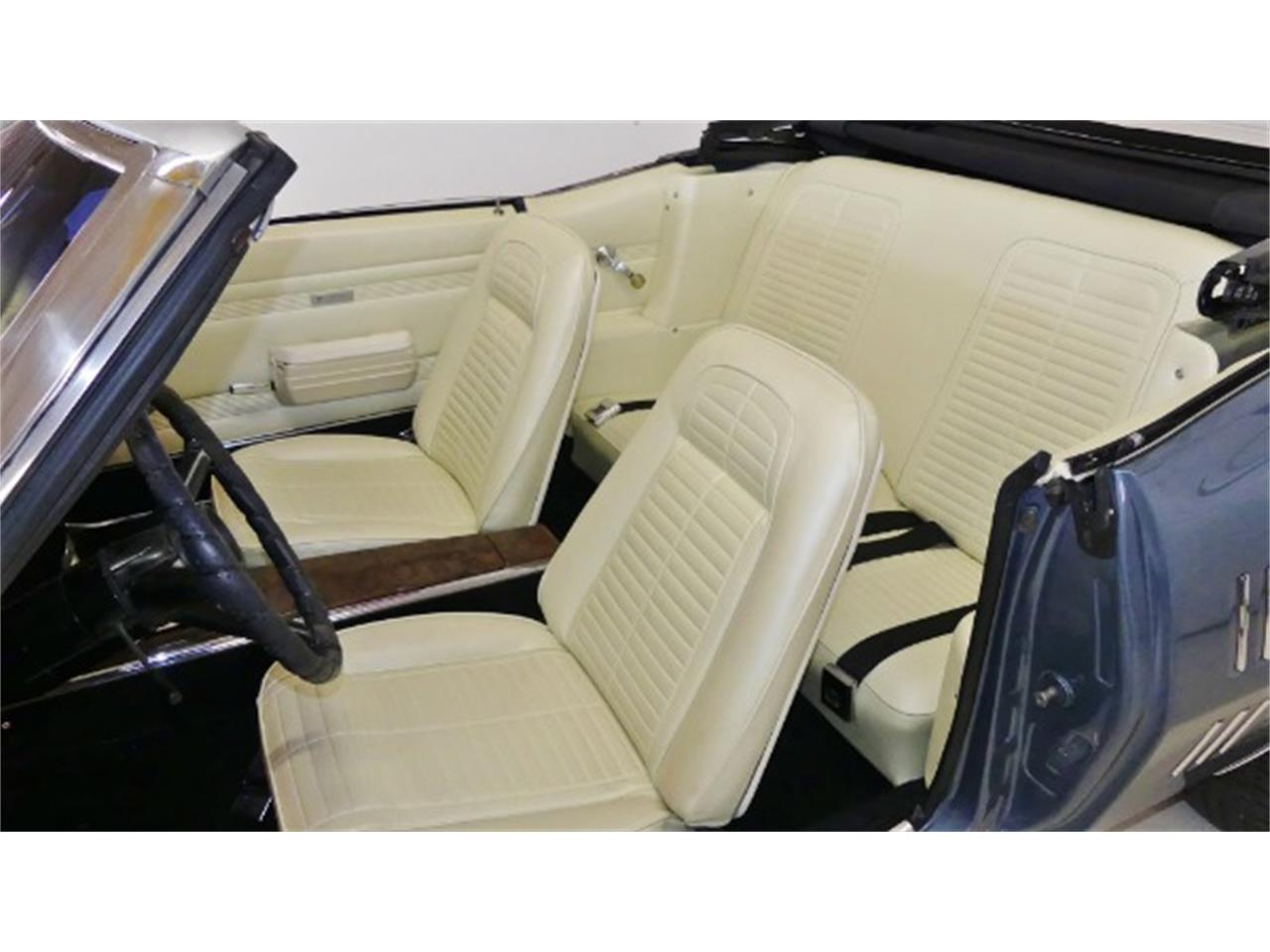 Large Picture of '68 Pontiac Firebird located in Columbus Ohio - $31,995.00 Offered by Cruisin Classics - Q2MS