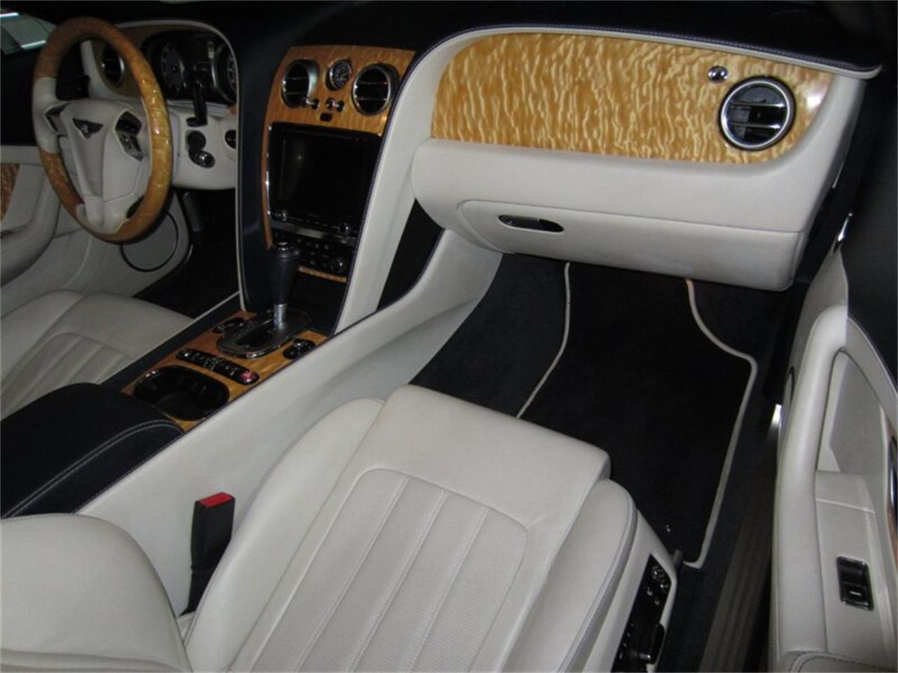 Large Picture of 2013 Continental GTC V8 - $102,400.00 - Q2NI