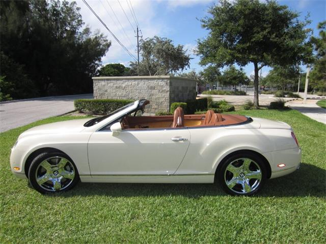Picture of 2008 Continental GTC located in Florida - $58,400.00 - Q2NJ