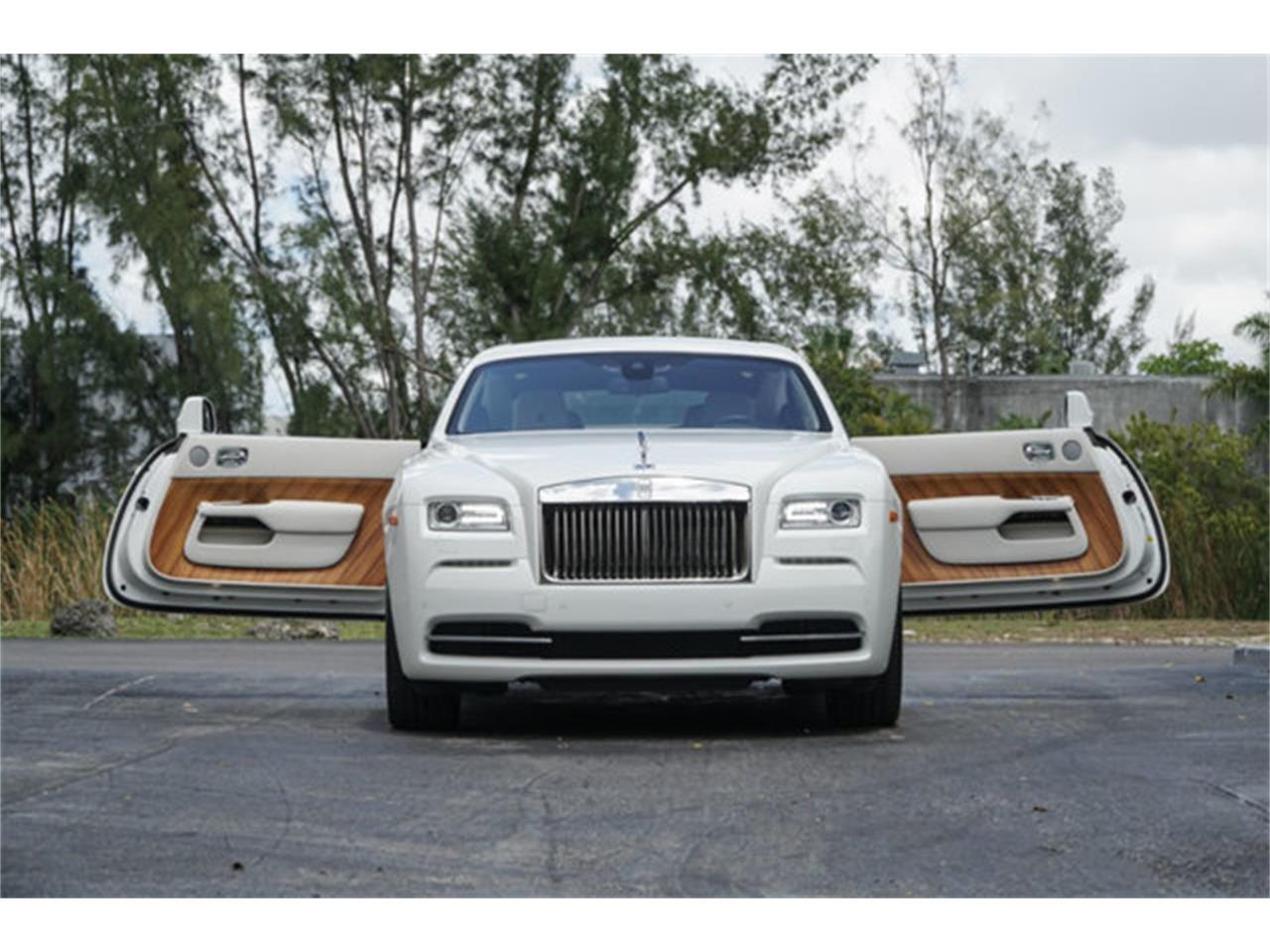 Large Picture of '16 Rolls-Royce Silver Wraith - $224,900.00 Offered by The Garage - Q2NQ