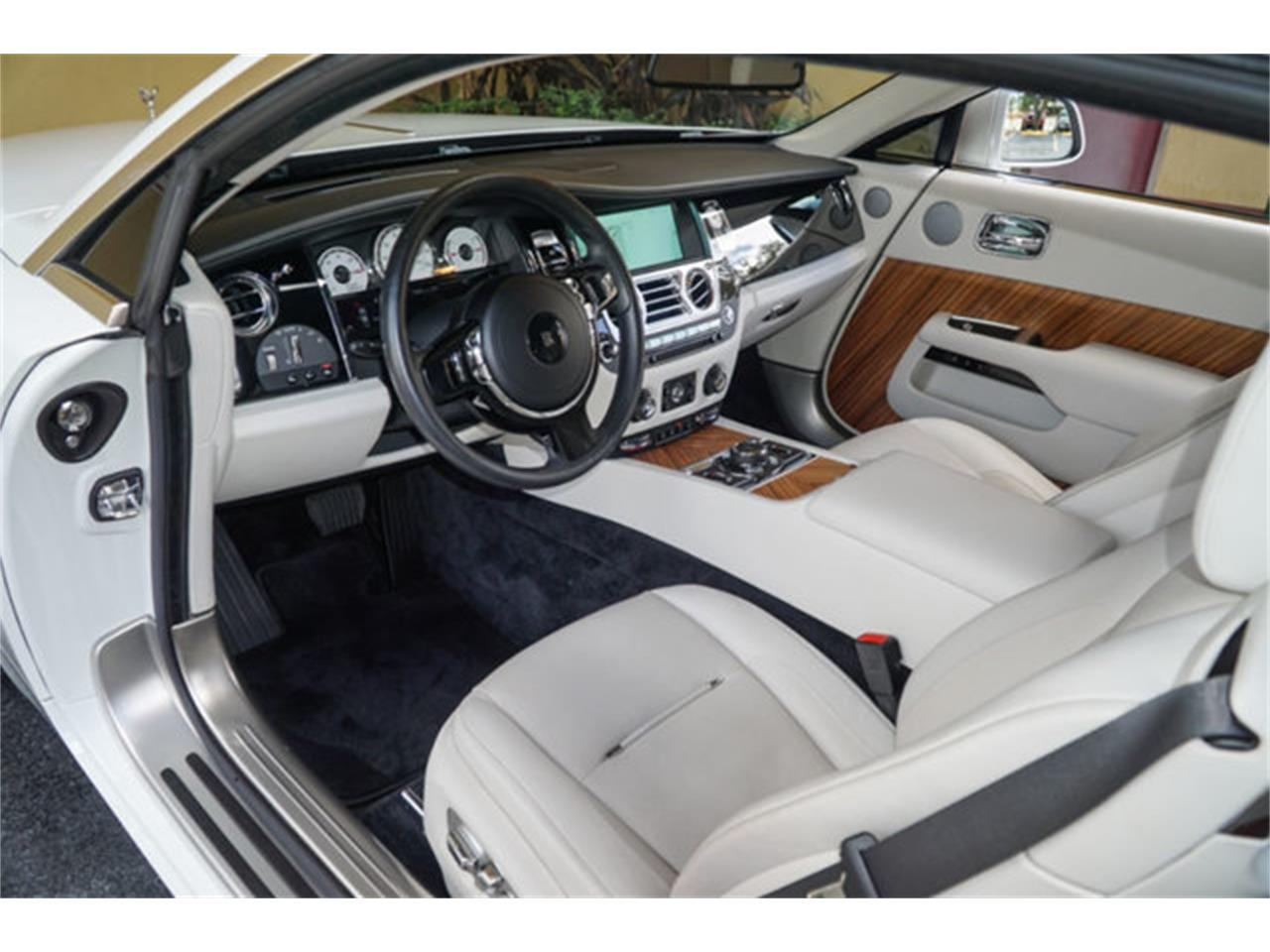 Large Picture of 2016 Rolls-Royce Silver Wraith - Q2NQ