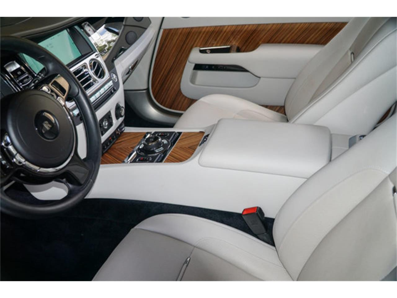 Large Picture of 2016 Silver Wraith located in Miami Florida - $224,900.00 Offered by The Garage - Q2NQ