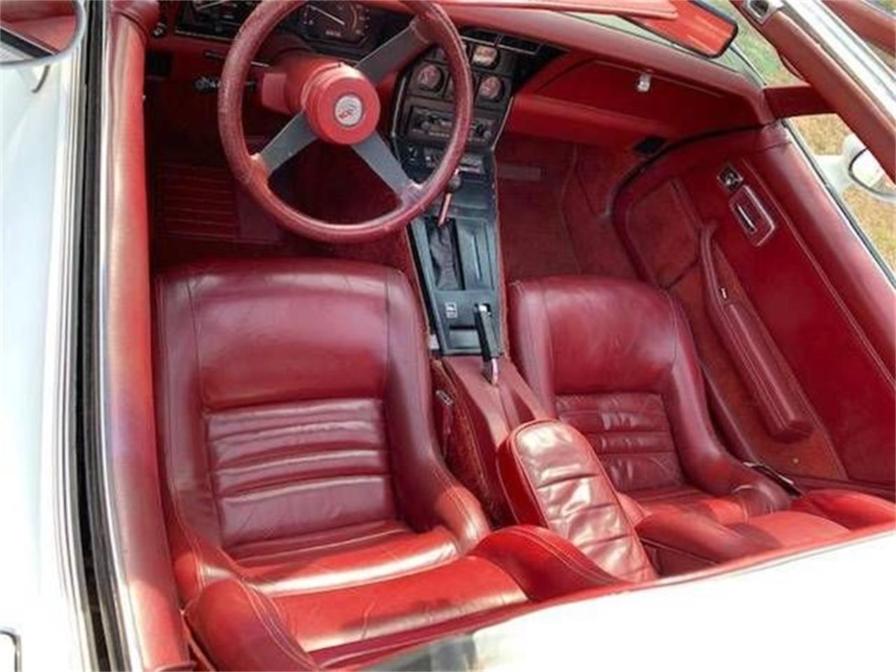 Large Picture of '82 Corvette - Q2O3
