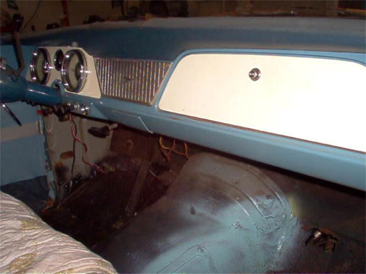 Large Picture of '61 Lark - PY5B