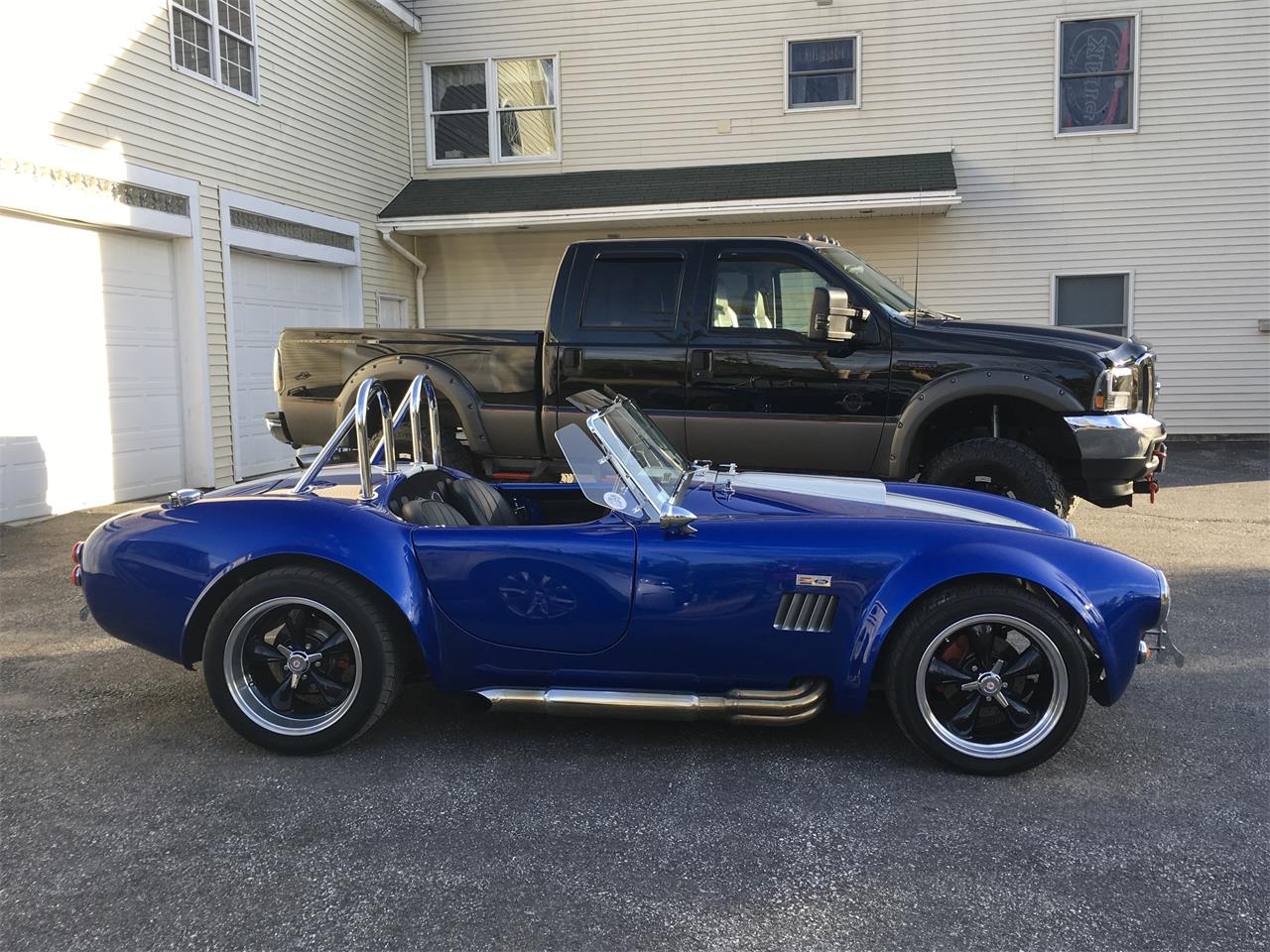 Large Picture of Classic '66 Cobra Replica Offered by a Private Seller - Q2QB