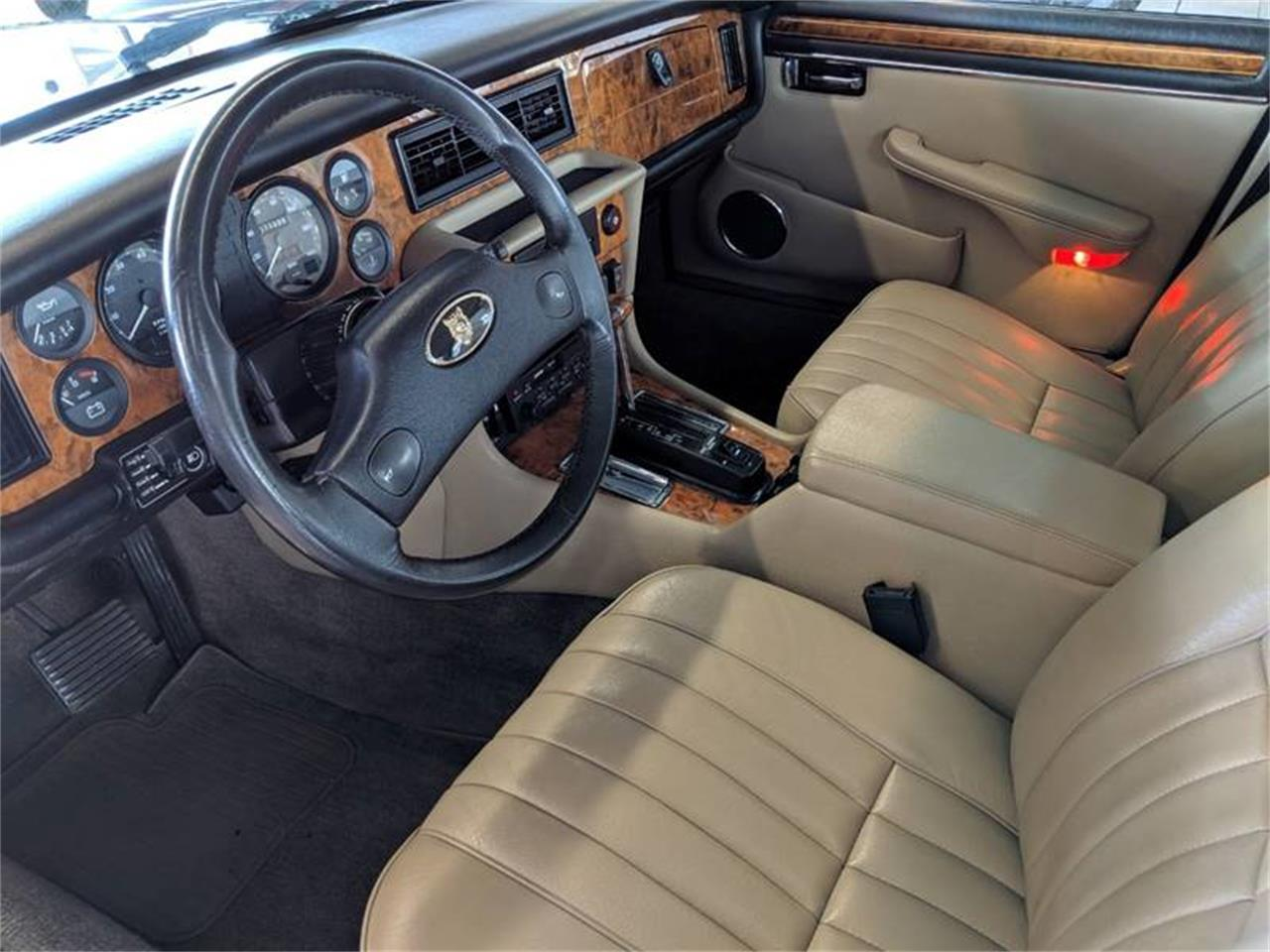 Large Picture of '90 XJ - Q2R8