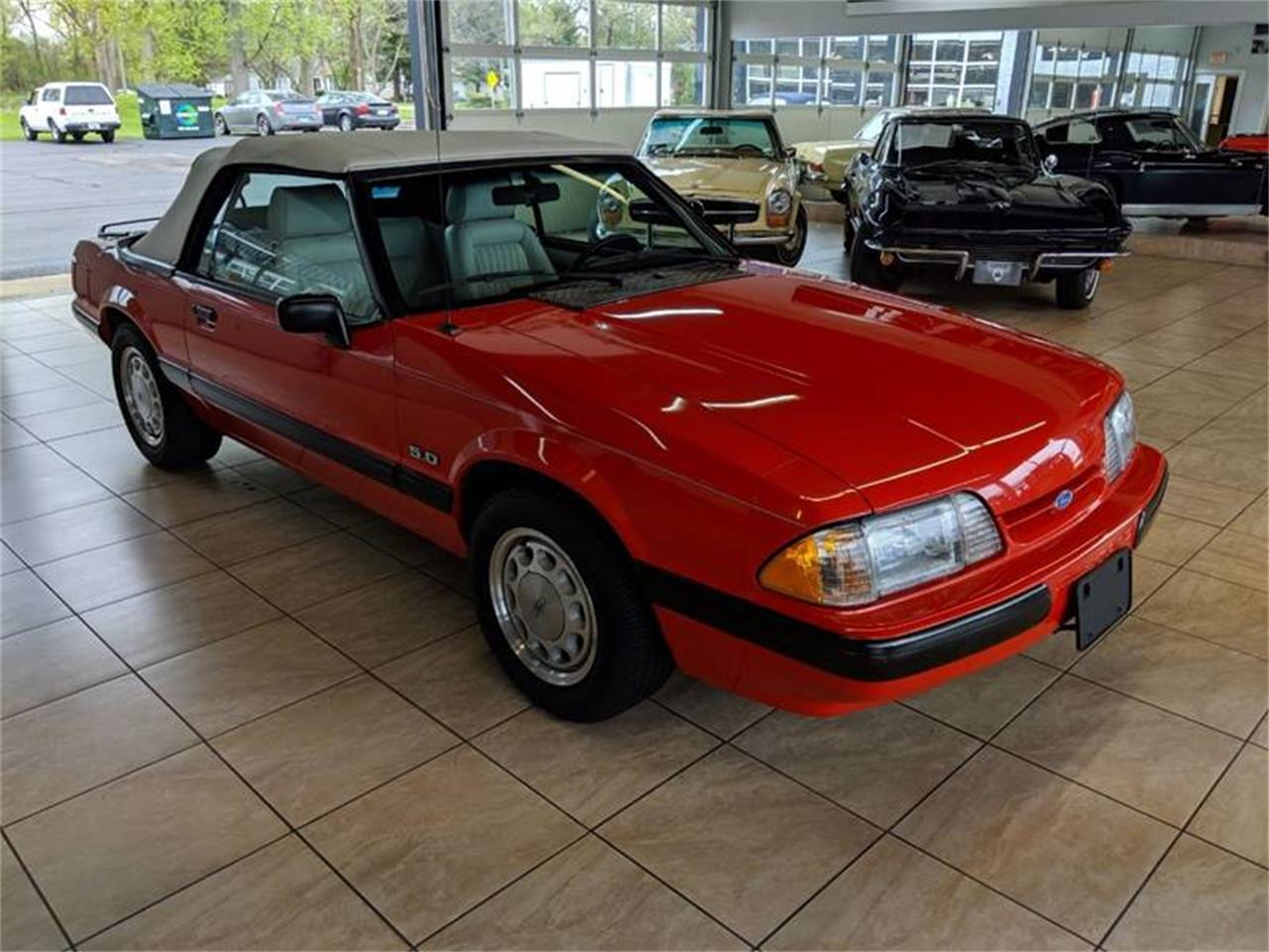 Large Picture of 1989 Ford Mustang located in Illinois Offered by Classics & Custom Auto - Q2R9