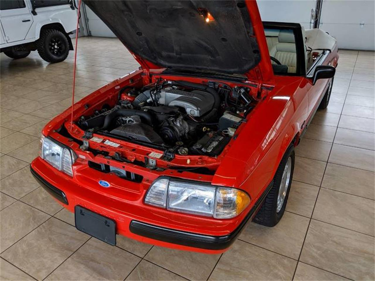 Large Picture of 1989 Ford Mustang located in St. Charles Illinois - $17,900.00 Offered by Classics & Custom Auto - Q2R9