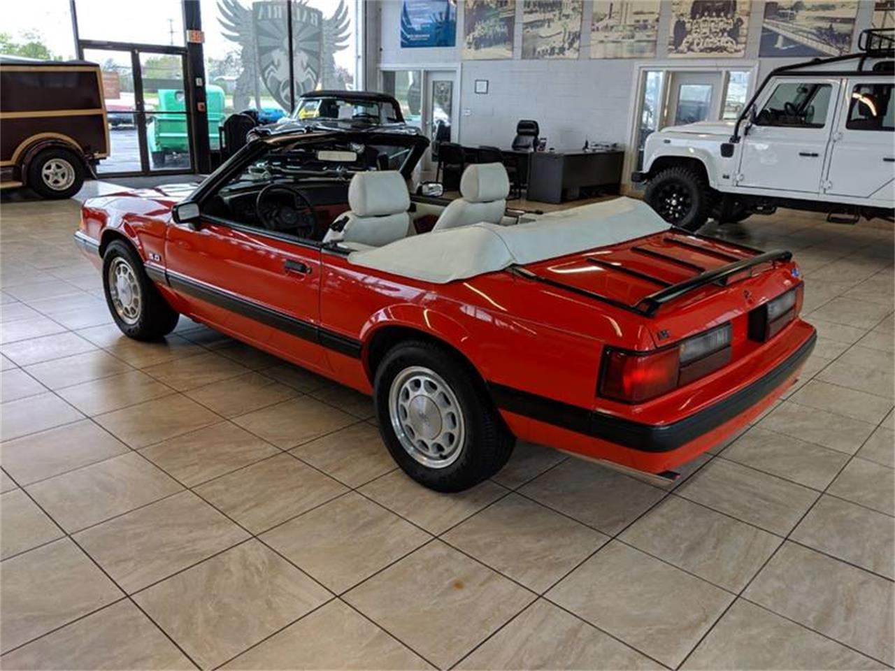 Large Picture of '89 Mustang located in Illinois - Q2R9