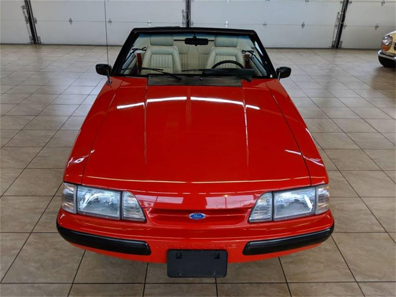 Large Picture of 1989 Mustang located in Illinois - Q2R9