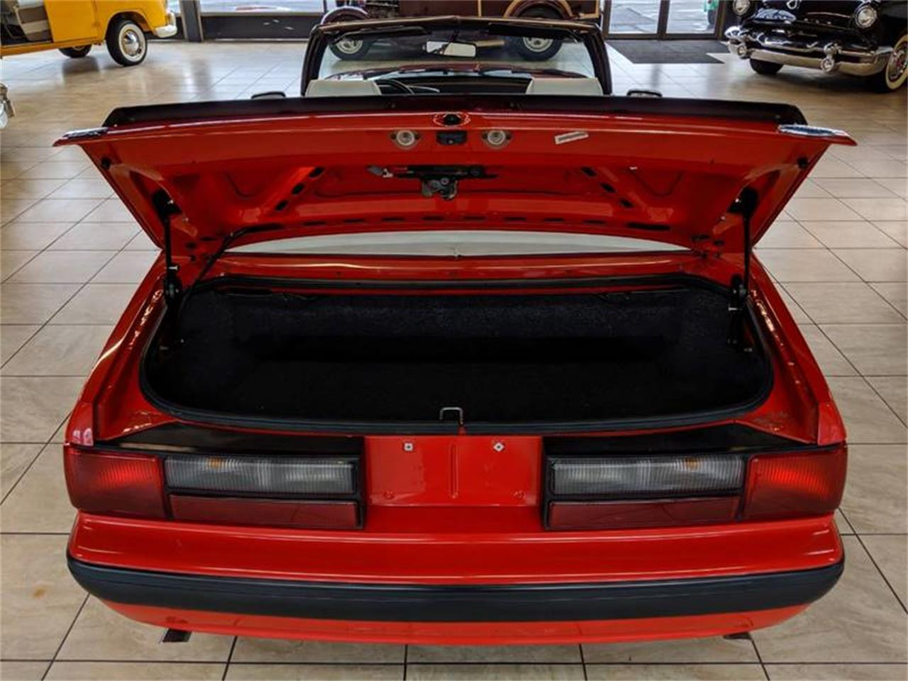 Large Picture of '89 Ford Mustang - Q2R9