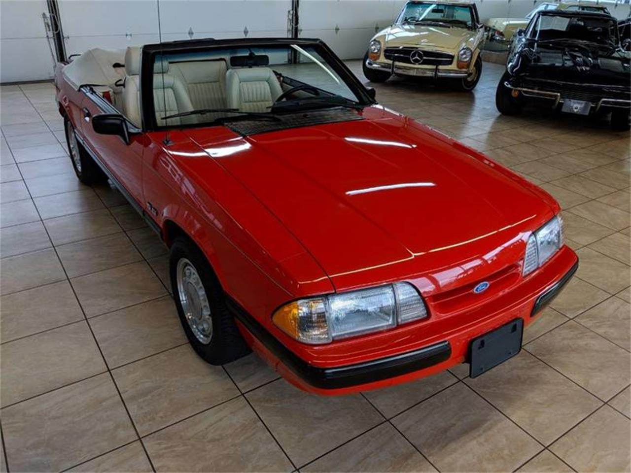 Large Picture of '89 Ford Mustang located in Illinois - $17,900.00 Offered by Classics & Custom Auto - Q2R9