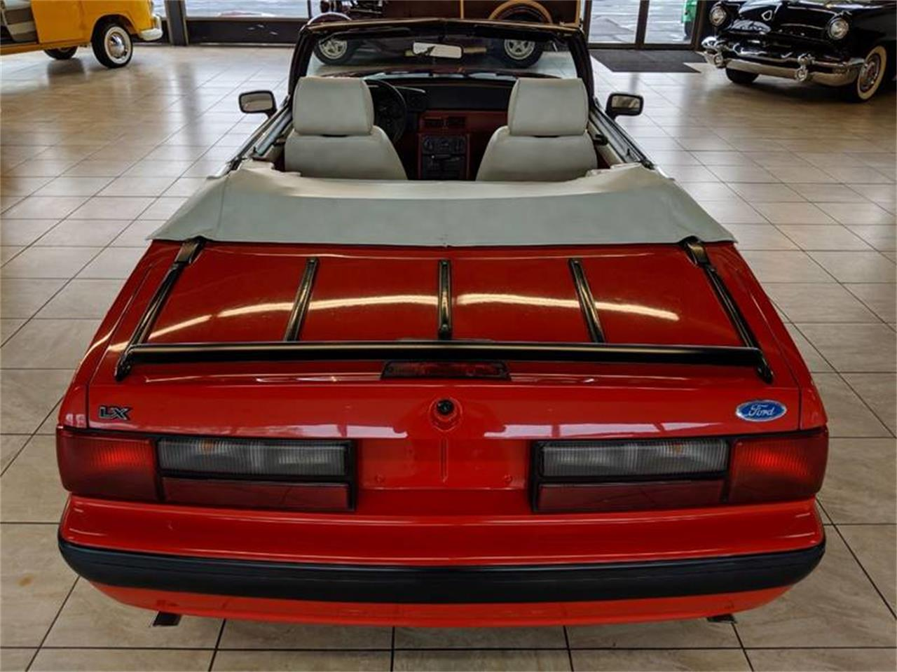 Large Picture of 1989 Mustang - Q2R9