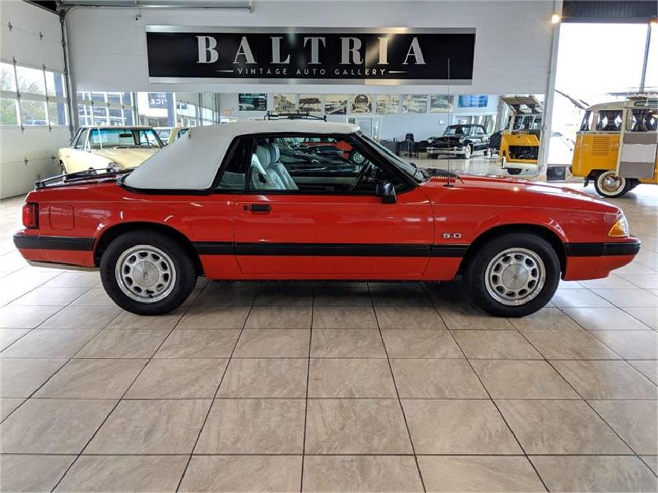 Large Picture of '89 Mustang located in St. Charles Illinois Offered by Classics & Custom Auto - Q2R9