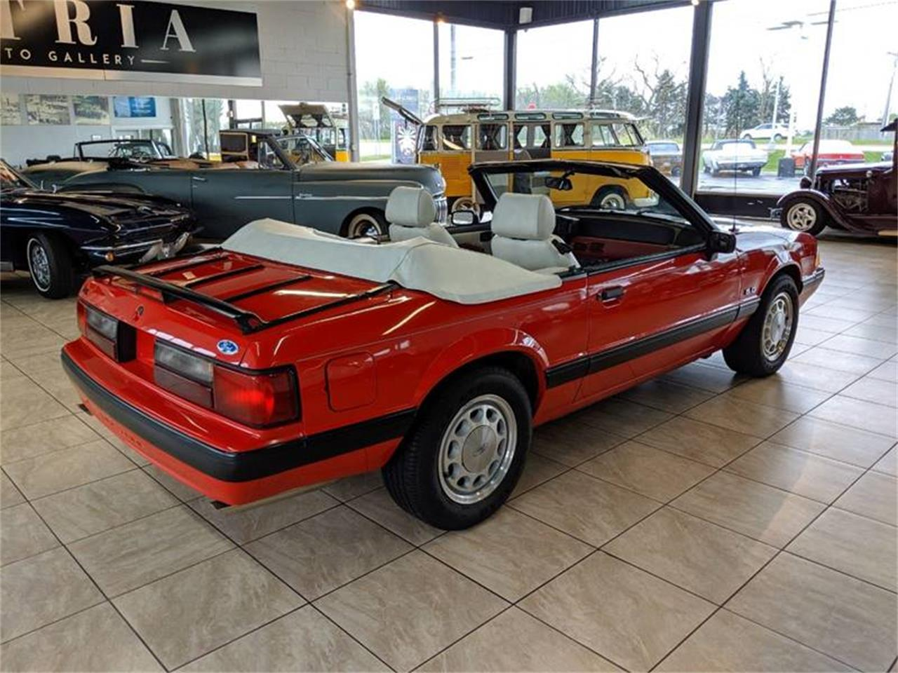 Large Picture of 1989 Mustang located in St. Charles Illinois - $17,900.00 Offered by Classics & Custom Auto - Q2R9