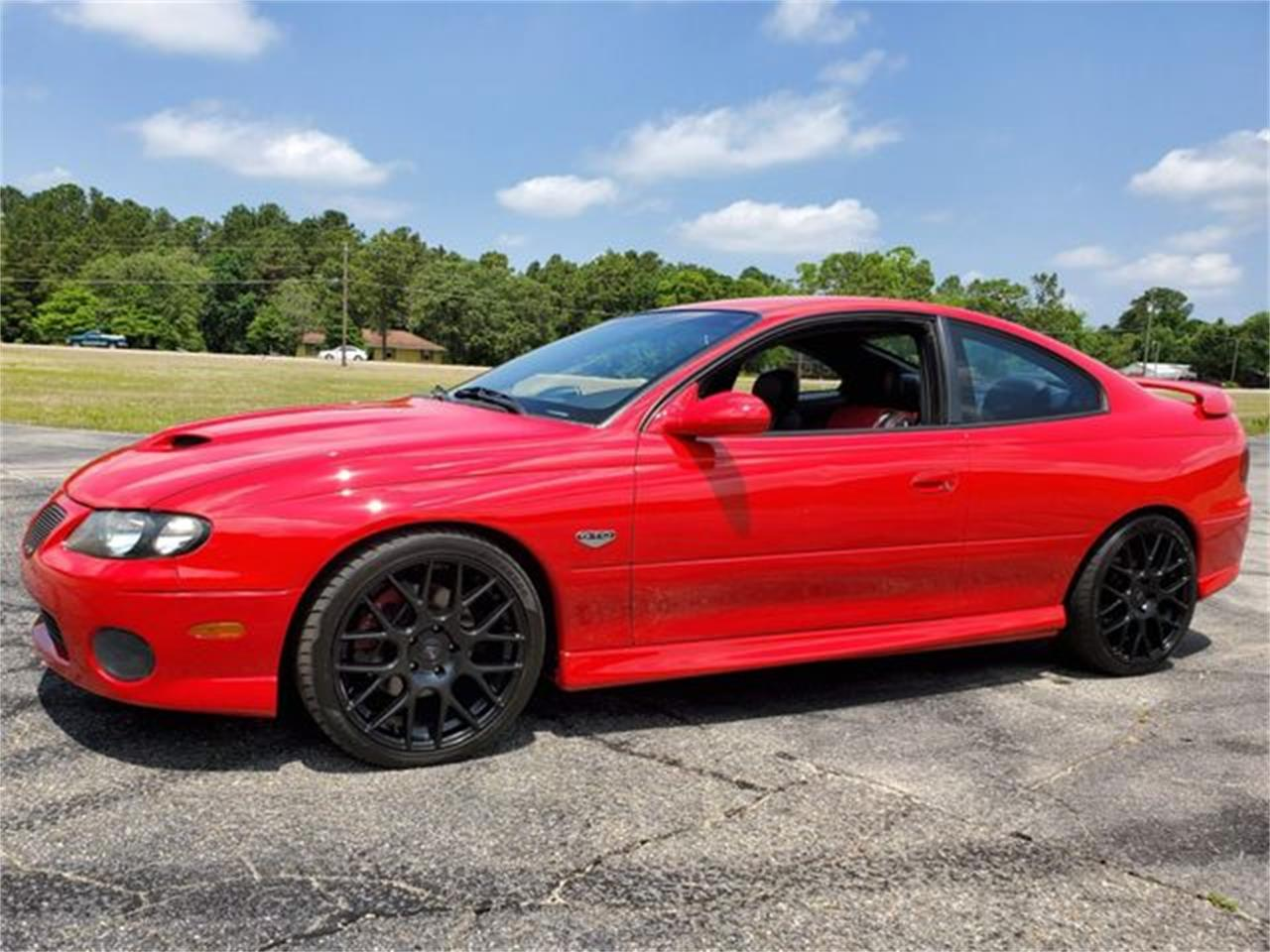 Large Picture of '05 Pontiac GTO located in Hope Mills North Carolina Offered by I-95 Muscle - Q2RG