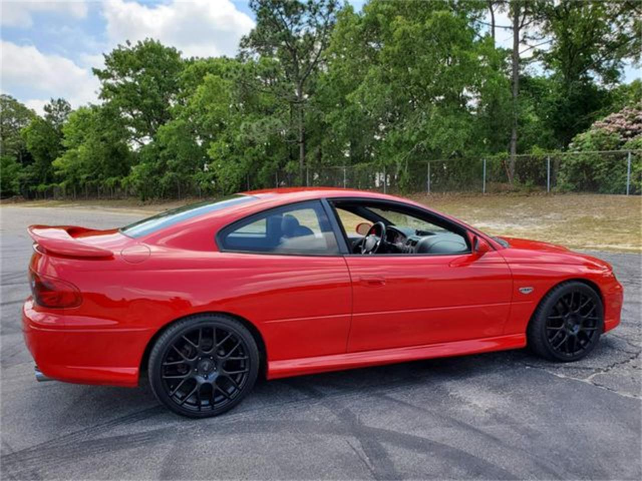 Large Picture of '05 GTO located in Hope Mills North Carolina Offered by I-95 Muscle - Q2RG