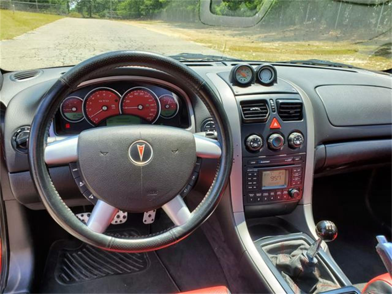 Large Picture of 2005 Pontiac GTO located in Hope Mills North Carolina - Q2RG