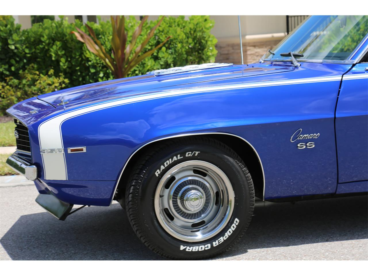 Large Picture of '69 Camaro SS located in Florida Offered by Muscle Cars For Sale Inc. - Q2T7