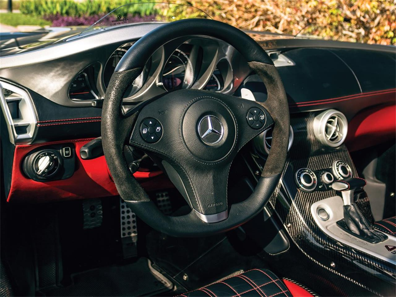 Large Picture of '09 SLR McLaren - Q2TO