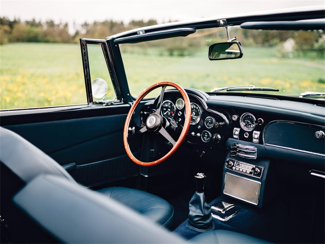 Large Picture of '65 Volante - Q2U1