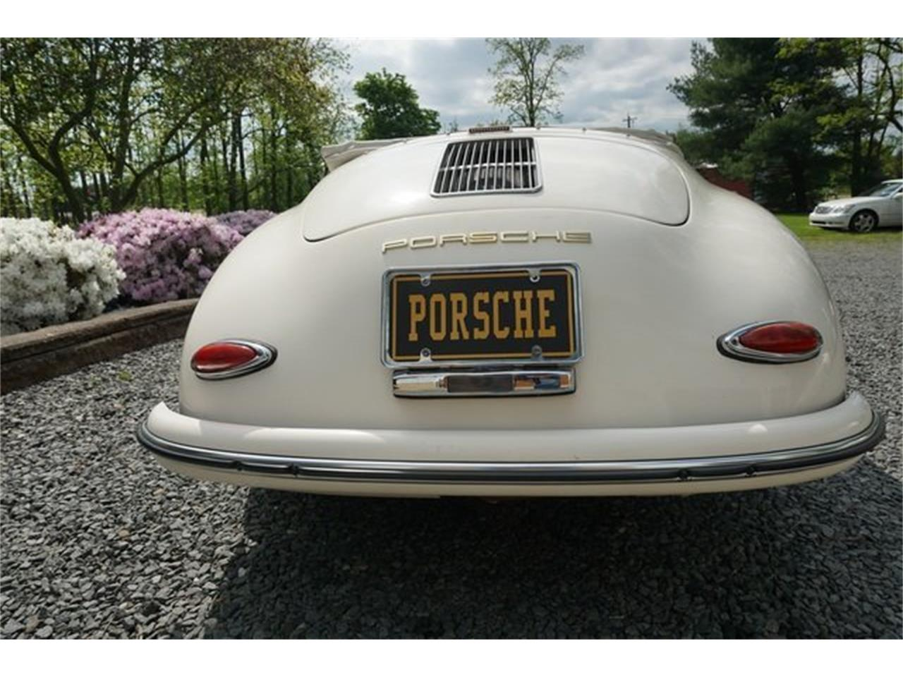 Large Picture of Classic 1956 Porsche 356 - Q2VF